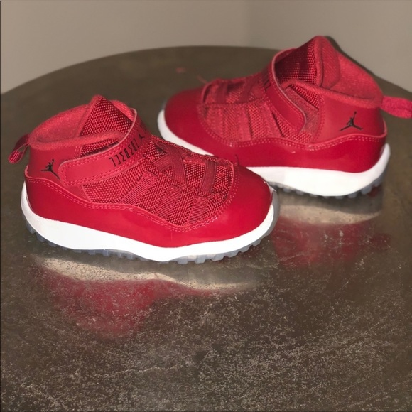 sports shoes f4cc9 a0dde Toddler Jordan Bred 11s